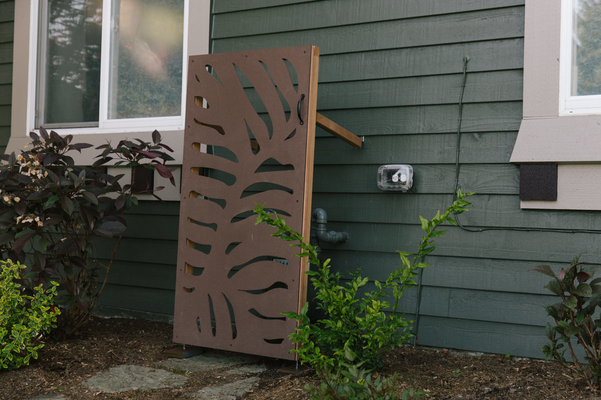 how to make a decorative privacy panel