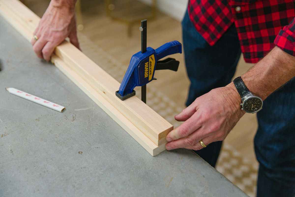 clamp the wooden legs together