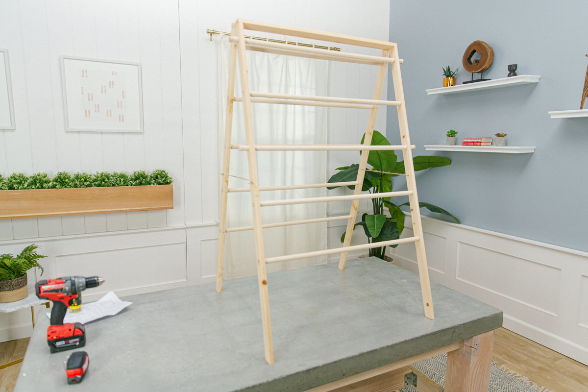 how to make a diy laundry drying rack