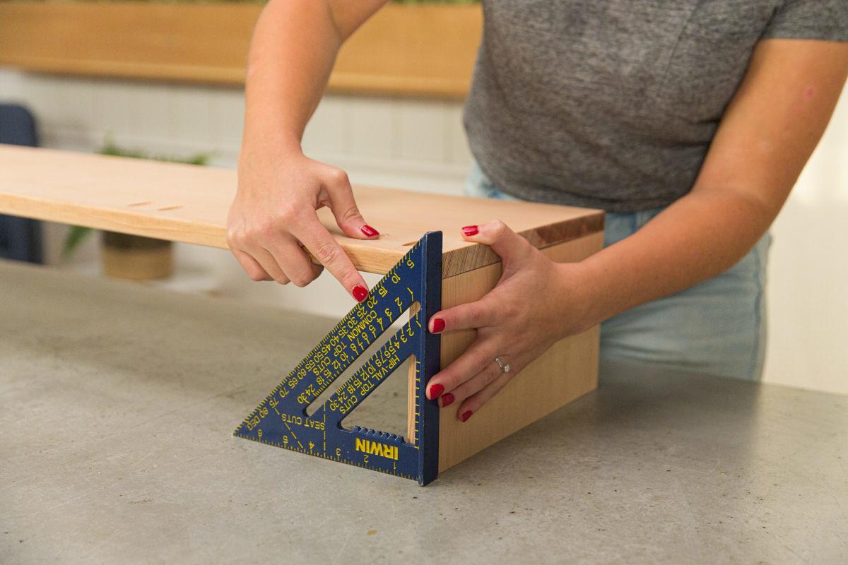 assemble table boxes