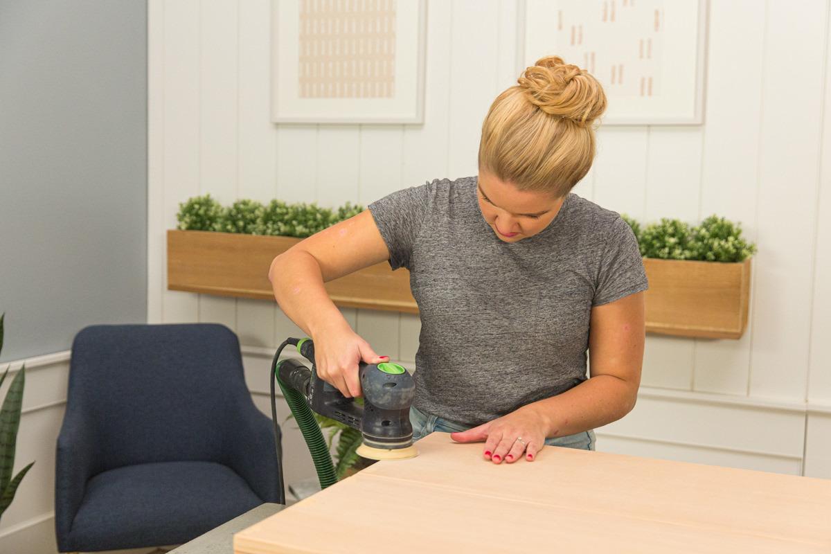 final table sanding