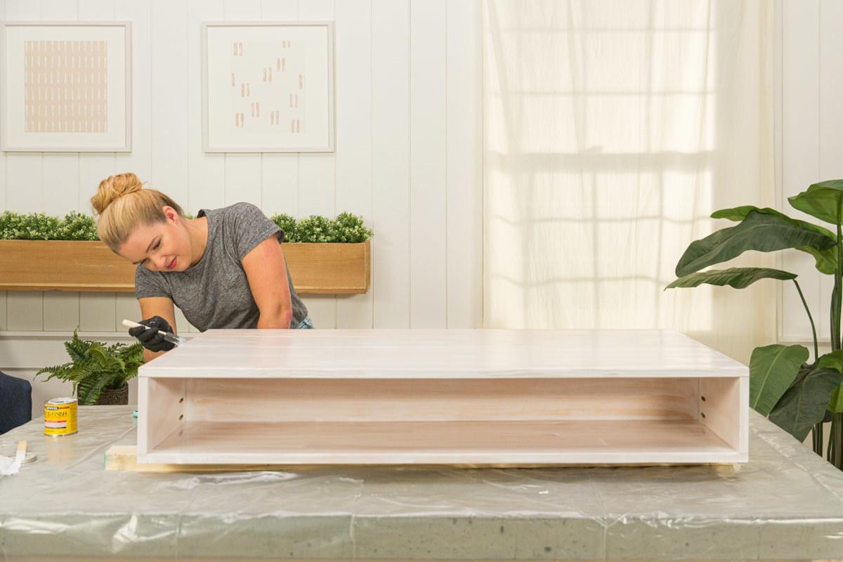 coffee table woodstain