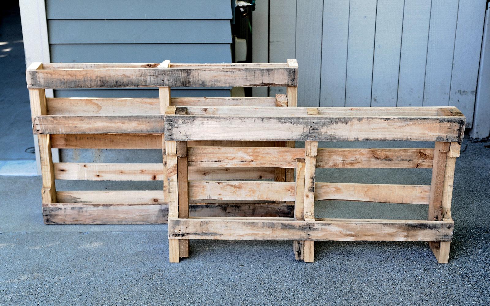 pallet for coat rack