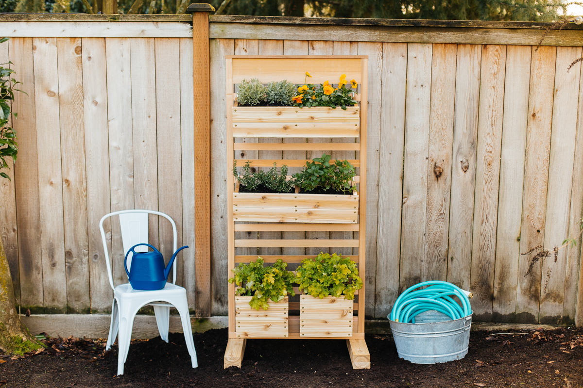 how to make a vertical planter