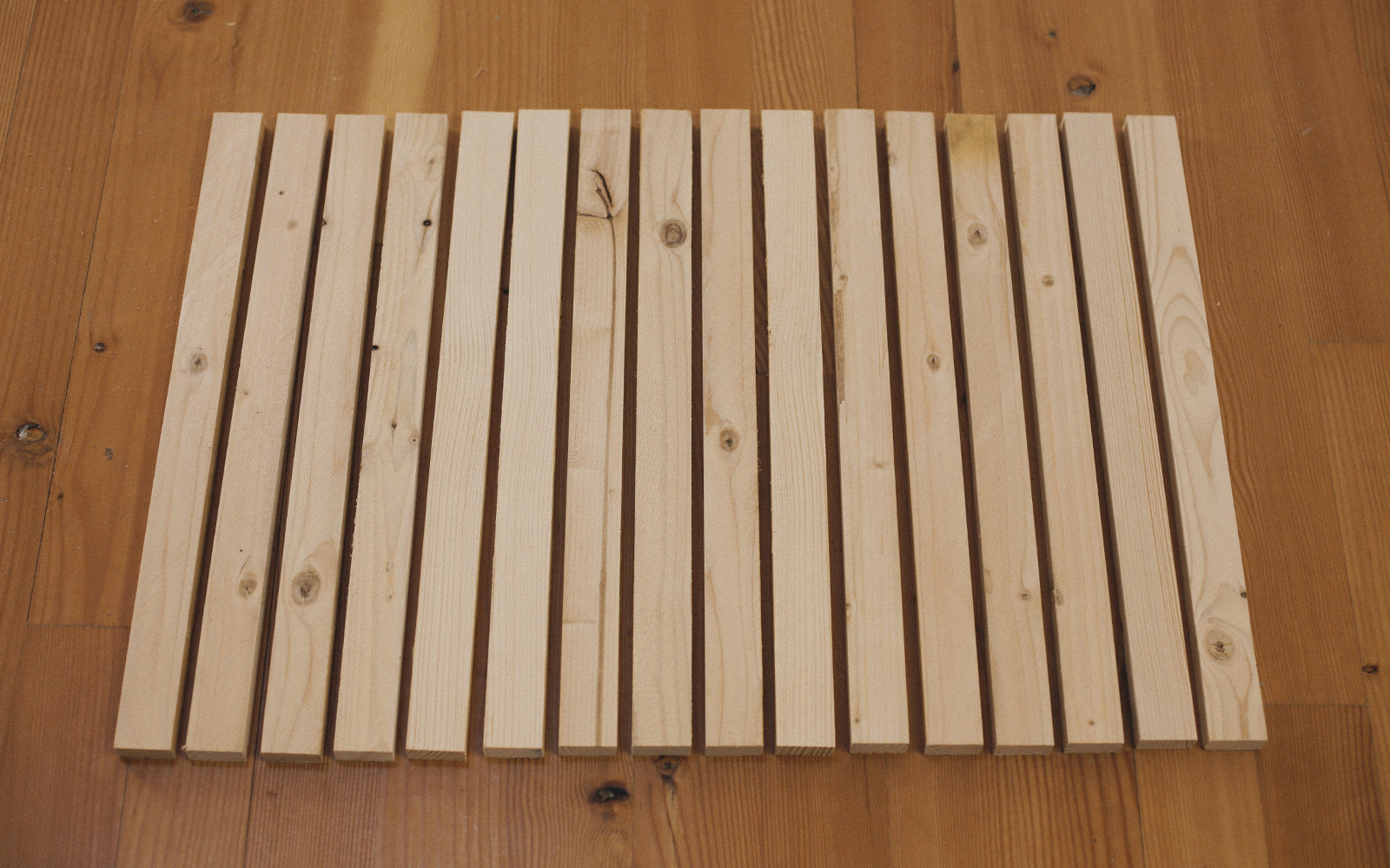 cutting stakes for wood door mat