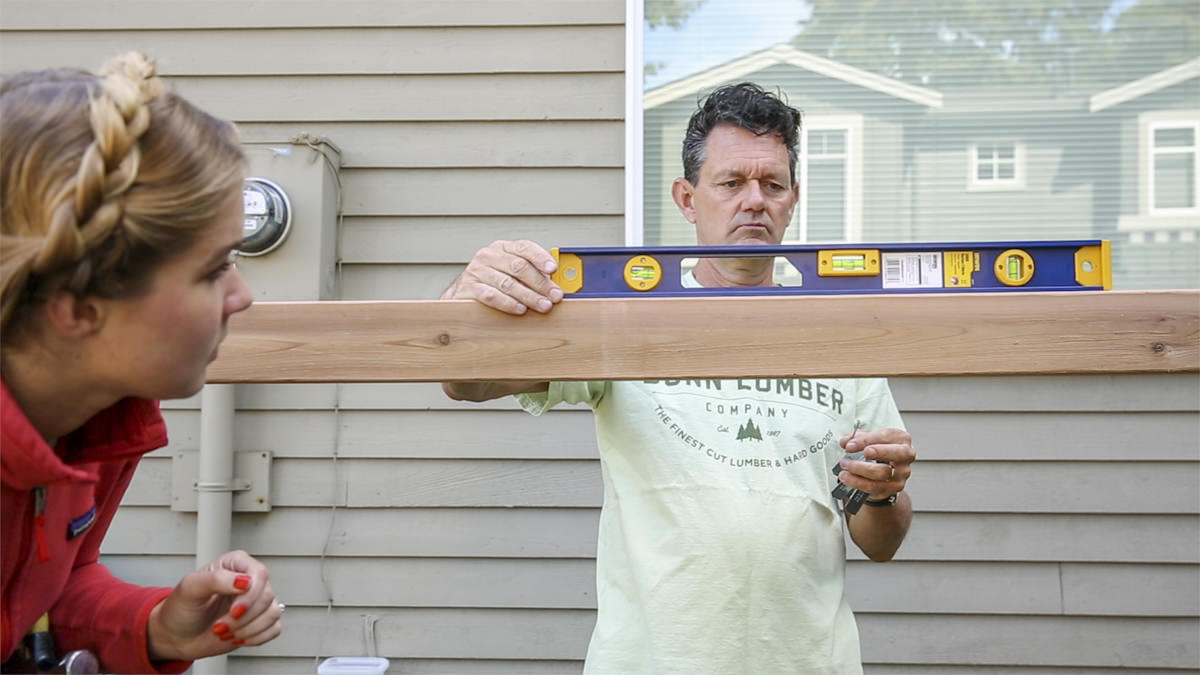 how to level fence post