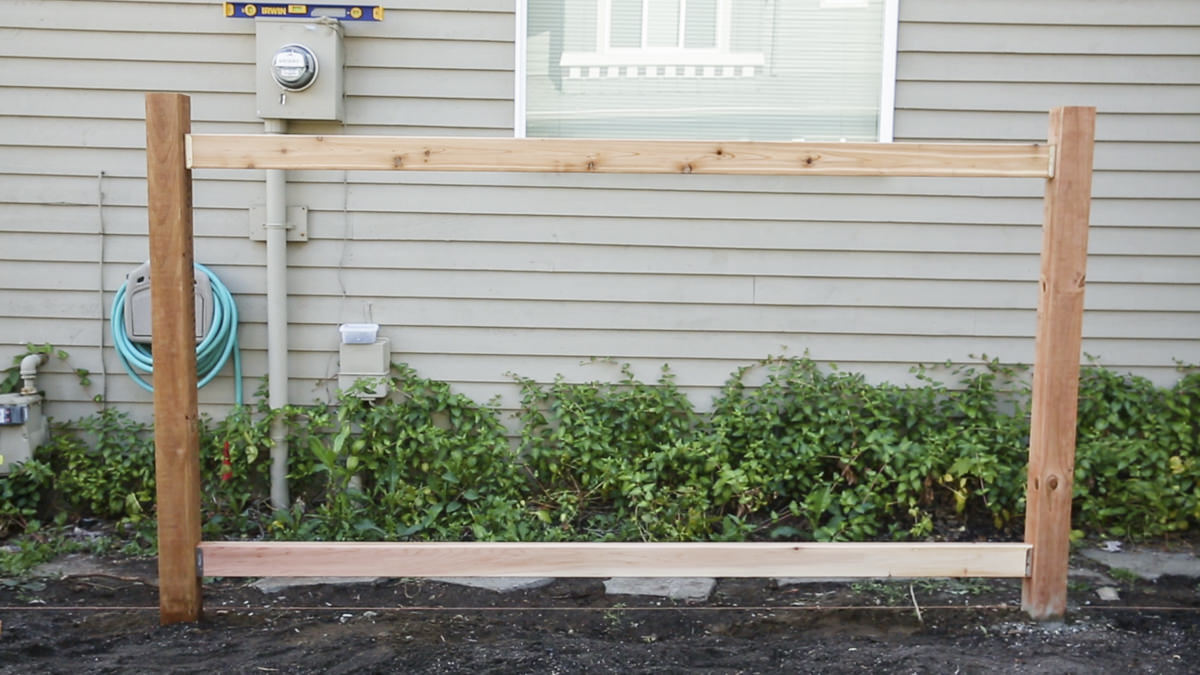 vertical fence posts