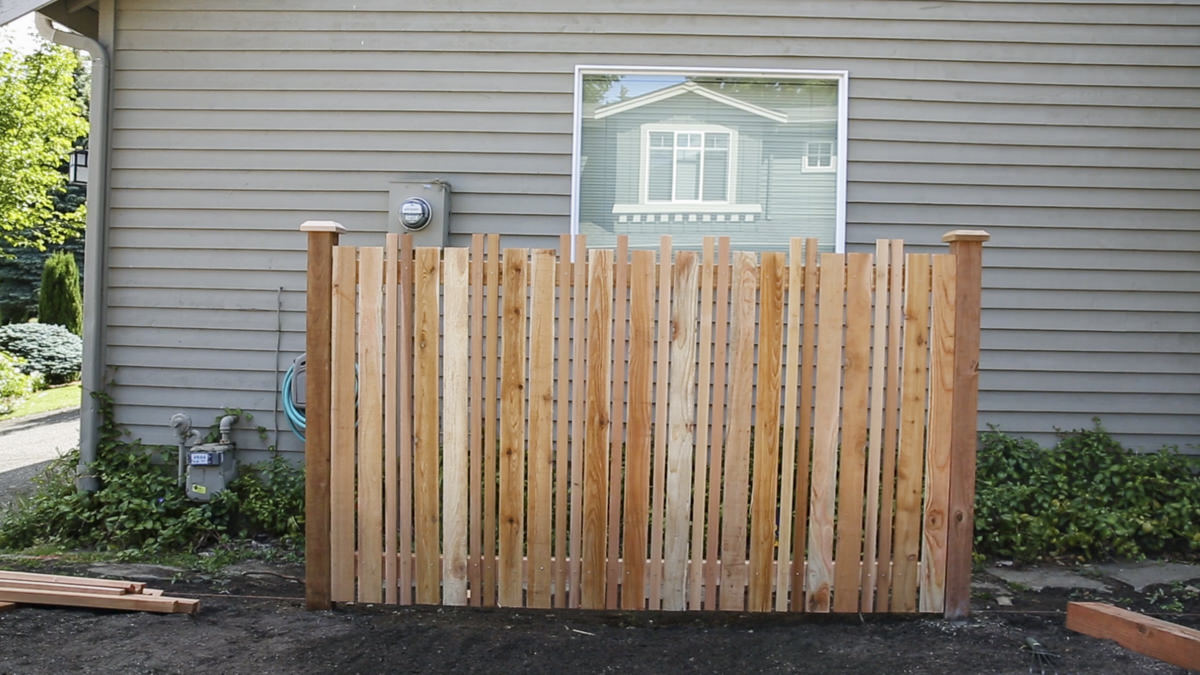 diy vertical fence