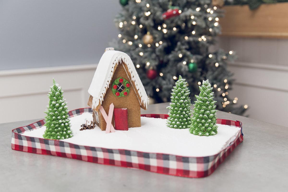 Dunn Diy Gingerbread House 59