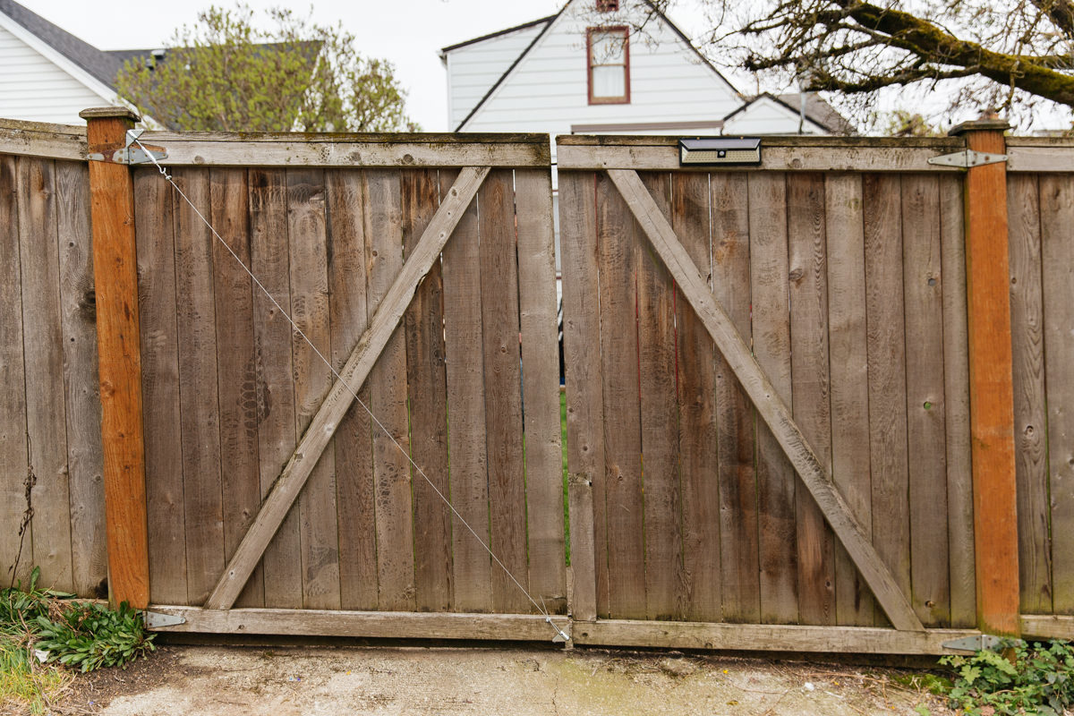 Dunn Diy How To Fix A Sagging Gate 0361