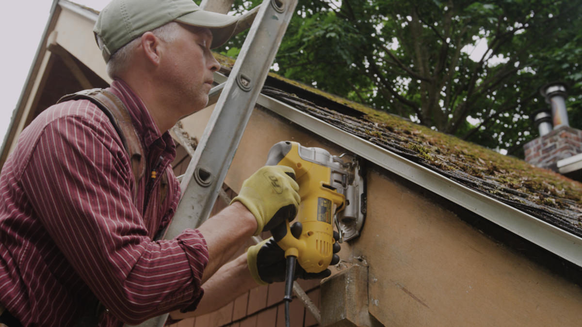 Dunn Lumber How to Replace Rotten Historic Gable End Fascia Tail Seattle WA 3
