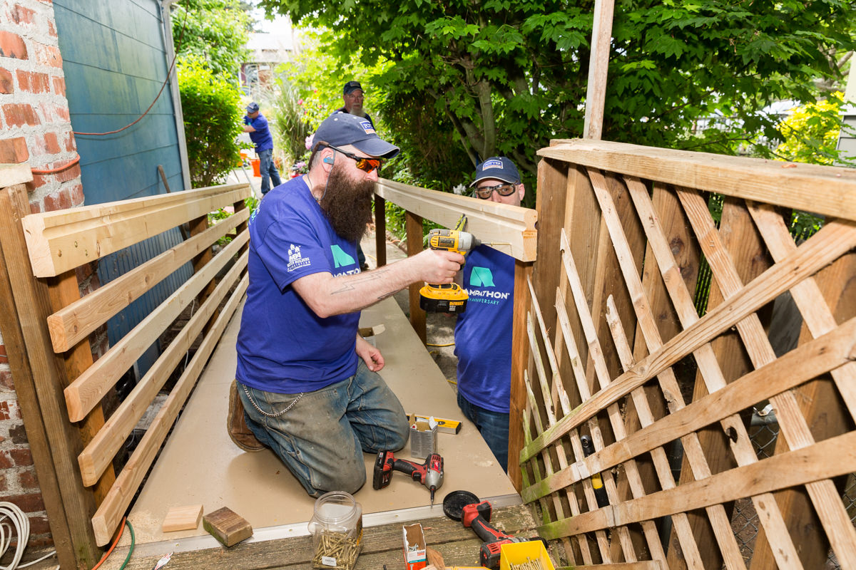 rampathon volunteers potter construction builds wheelchair ramps