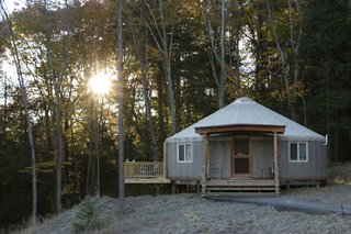 9 yurt vacation rentals for the modern alternative camper for Warmboard alternative