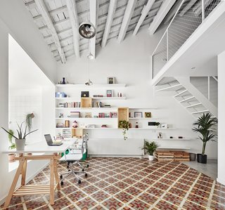 Can This Renovated, Loft-Like Home in Spain Be Any Dreamier?