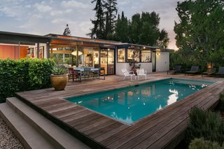 This Post-and-Beam in Pasadena Offers Classic California Living For $2M - Photo 13 of 13 -