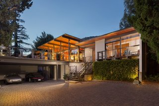 This Post-and-Beam in Pasadena Offers Classic California Living For $2M - Photo 12 of 13 -