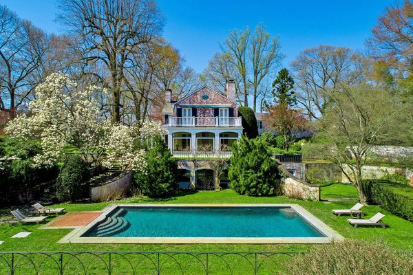 Paul Simon Lists His Grand Connecticut Estate For $13.9M