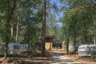 This section of AutoCamp Yosemite was built upon a former trailer park, so there was minimal site disturbance. Another section of more secluded suites lie on the other side of the pond.