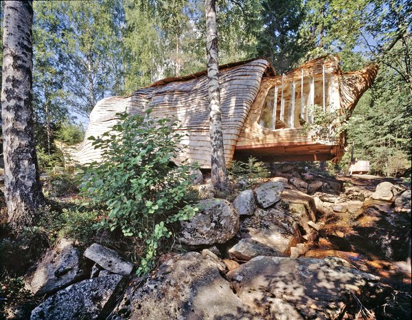 Sweden's Ultra-Instagrammable Accordion House Just Hit the Market for $210K