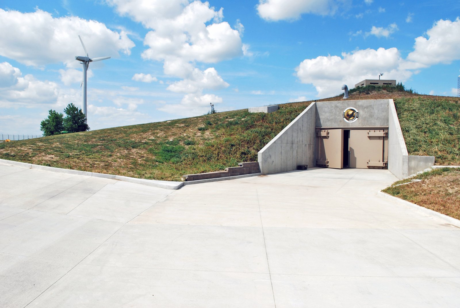 The Super Rich Are Buying Up Condos in Converted Missile Silos to Flee the Coronavirus