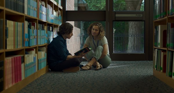 Casey (Haley Lu Richardson) and Gabe (Rory Culkin) work at the Cleo Rogers Memorial Library designed by I.M. Pei.