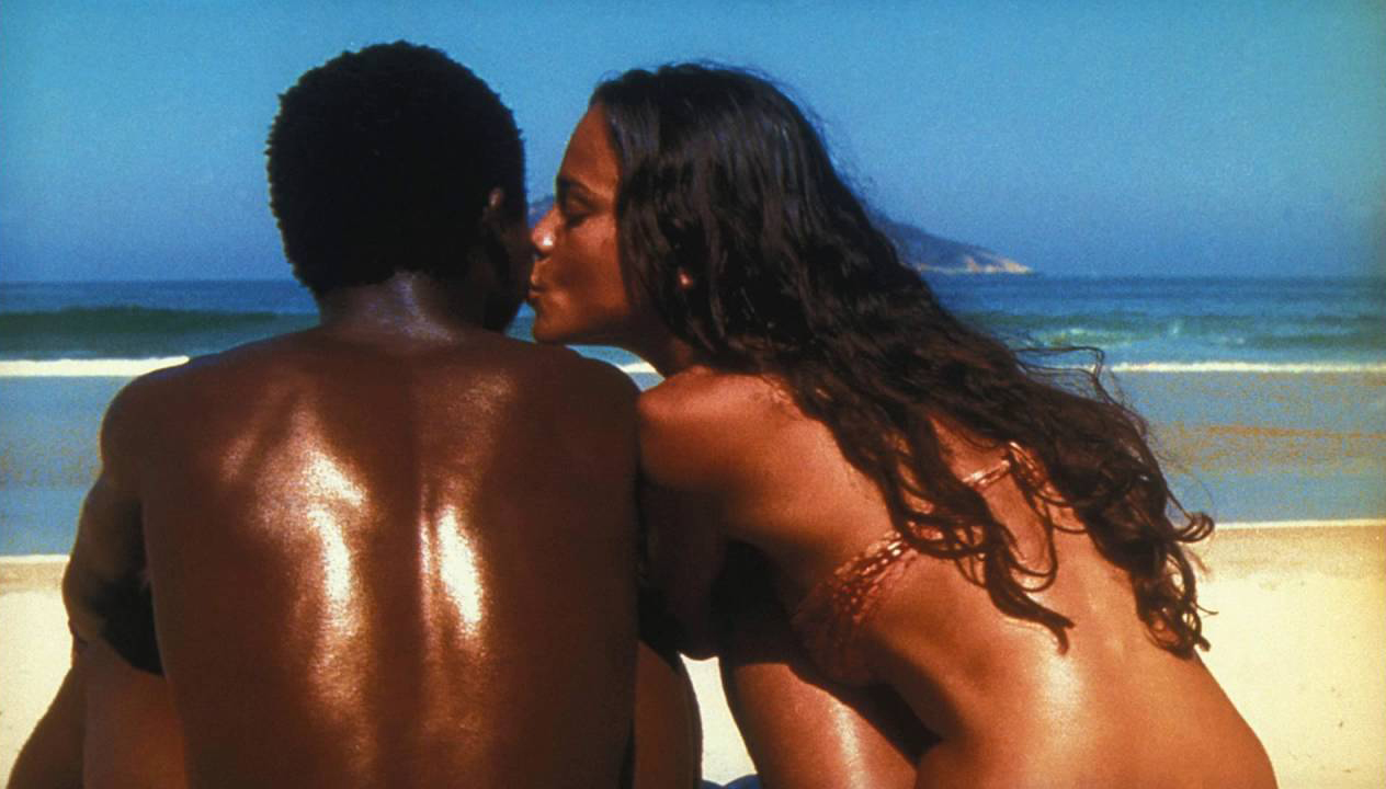 Alexandre Rodrigues and Alice Braga in <em>City of God</em>