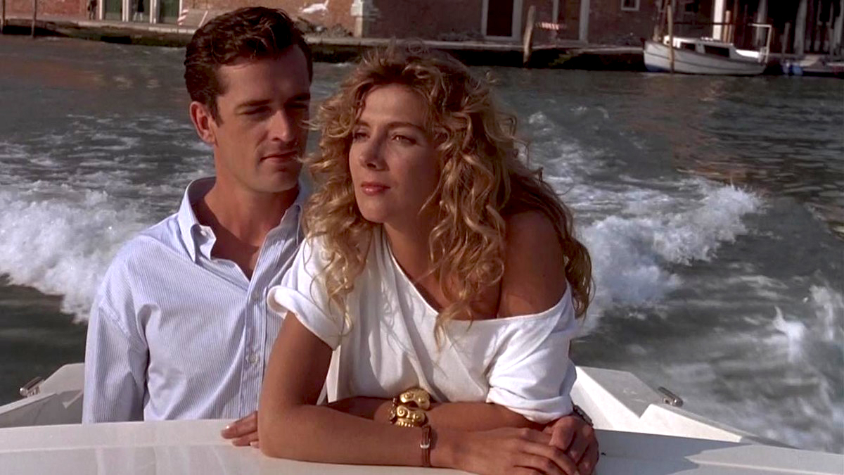 Rupert Everett and Natasha Richardson in <em>The Comfort of Strangers</em>