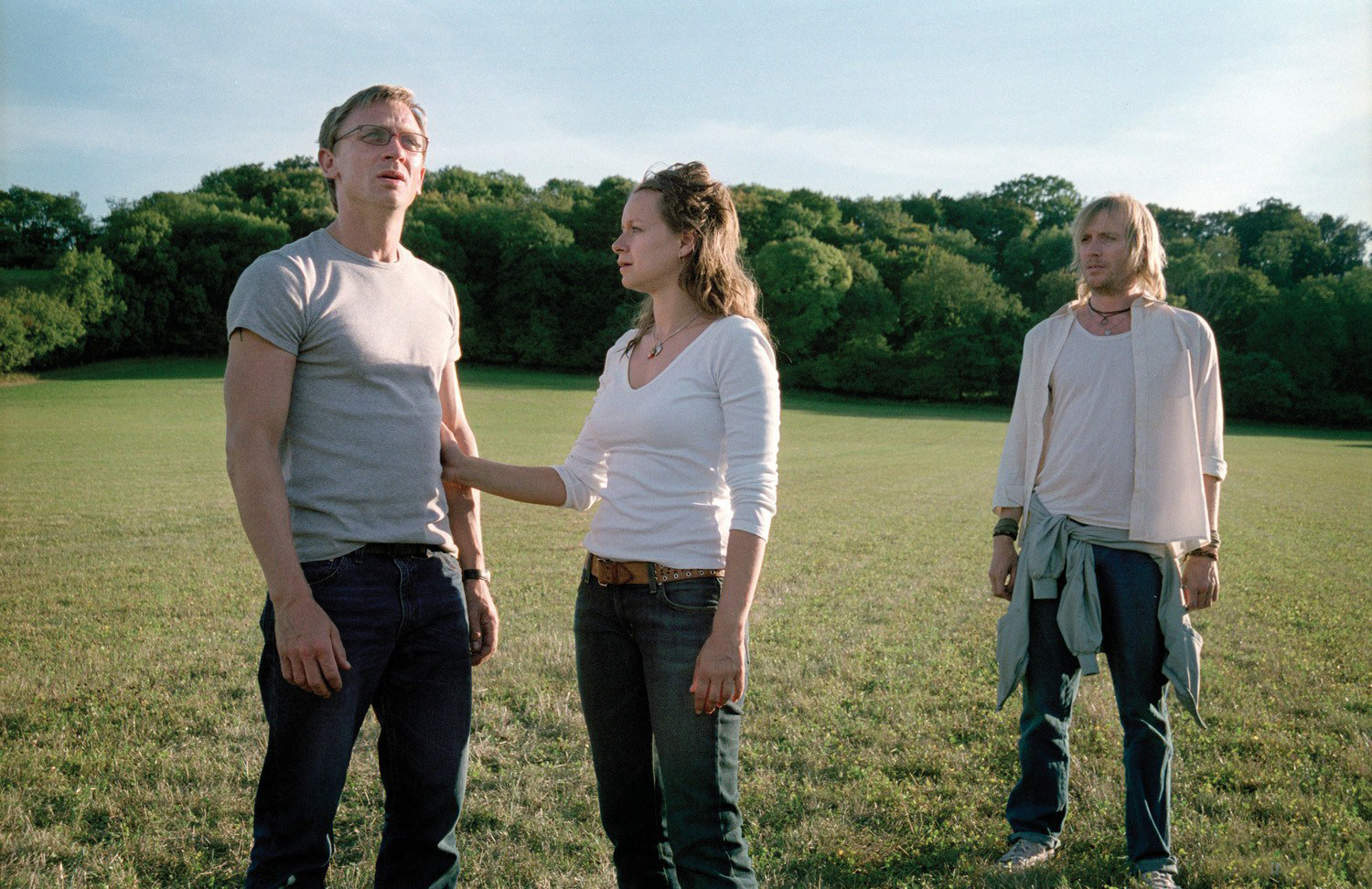 Daniel Craig, Samantha Morton, and Rhys Ifans in <em>Enduring Love</em>