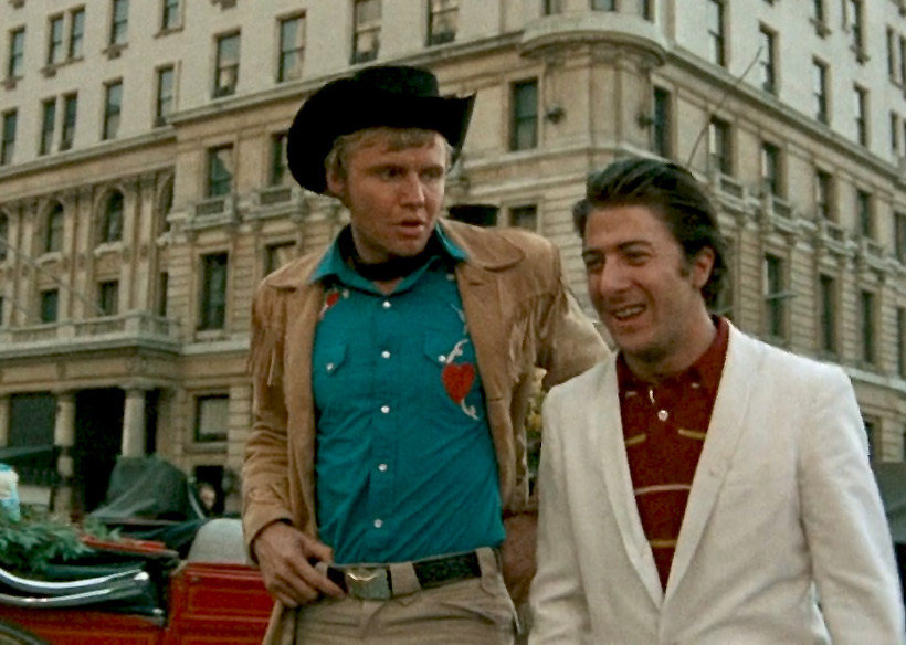 Joe Buck (Jon Voight) and Ratso Rizzo (Dustin Hoffman) in New York City in <em>Midnight Cowboy</em>