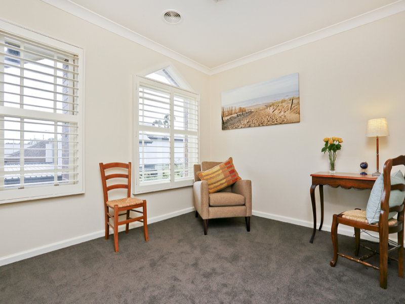 5 / 12A Herne Street, Manifold Heights