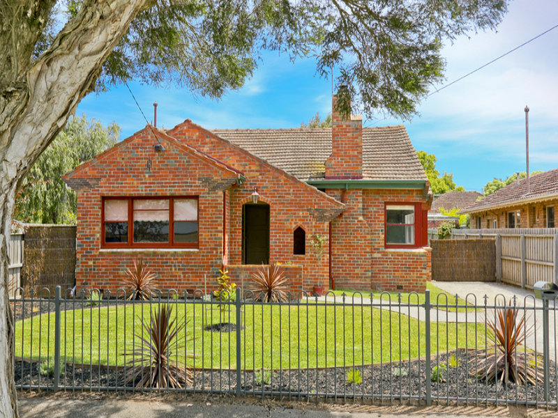 10 Garlick Avenue, Newtown