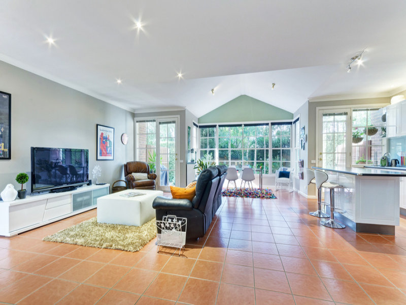3 / 12A Herne St, Manifold Heights