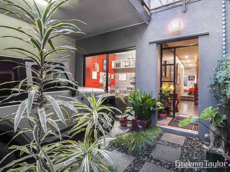 74A Little Ryrie Street, Geelong