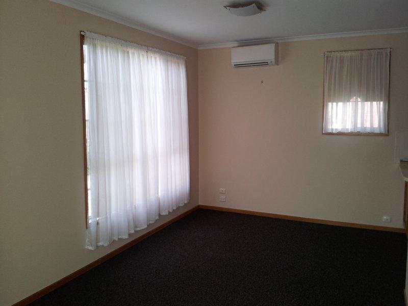 2 / 244 Myers Street, Geelong