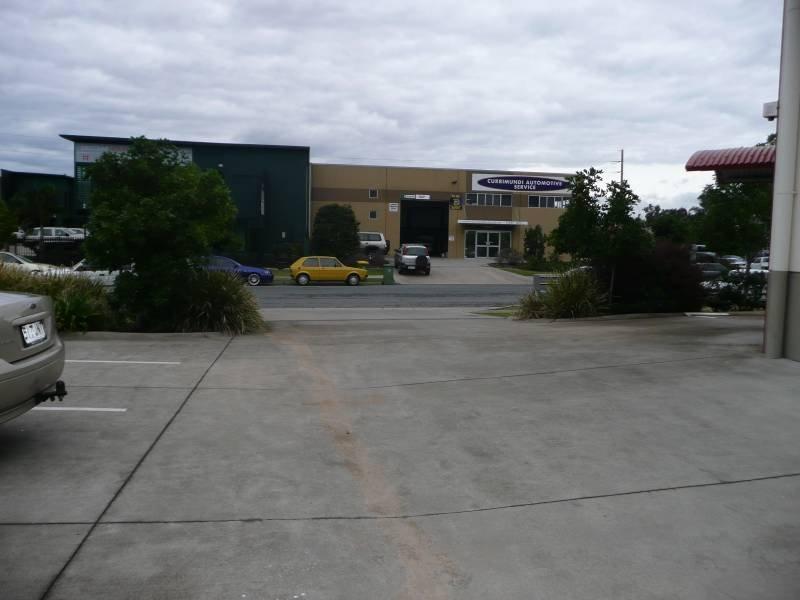 Unit 2 / 25 Premier Circuit, Warana