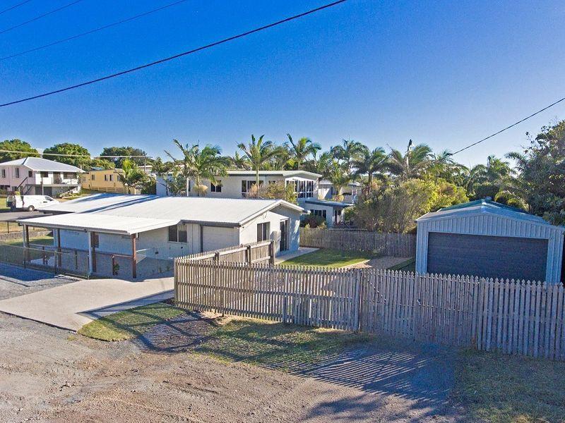 1 Davidson Street, Cooee Bay