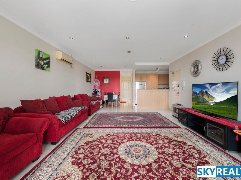 Large Desirable Apartment - Renovate & Capitalise