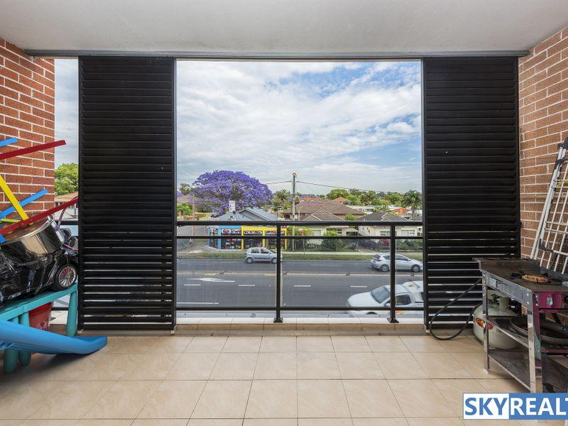 'Large, Light Filled & Modern Apartment'