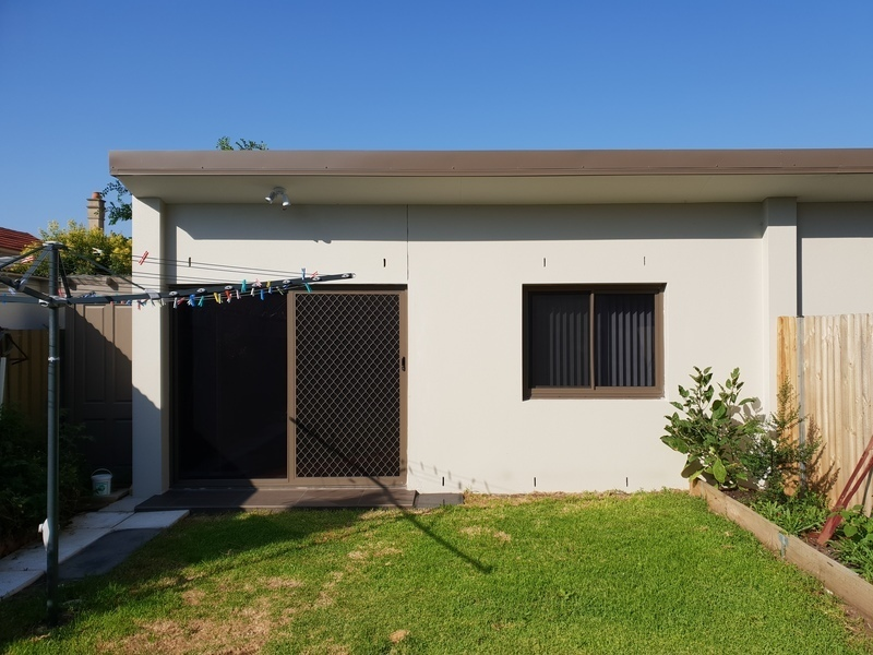 As New, Sunny, Modern & Private Granny Flat
