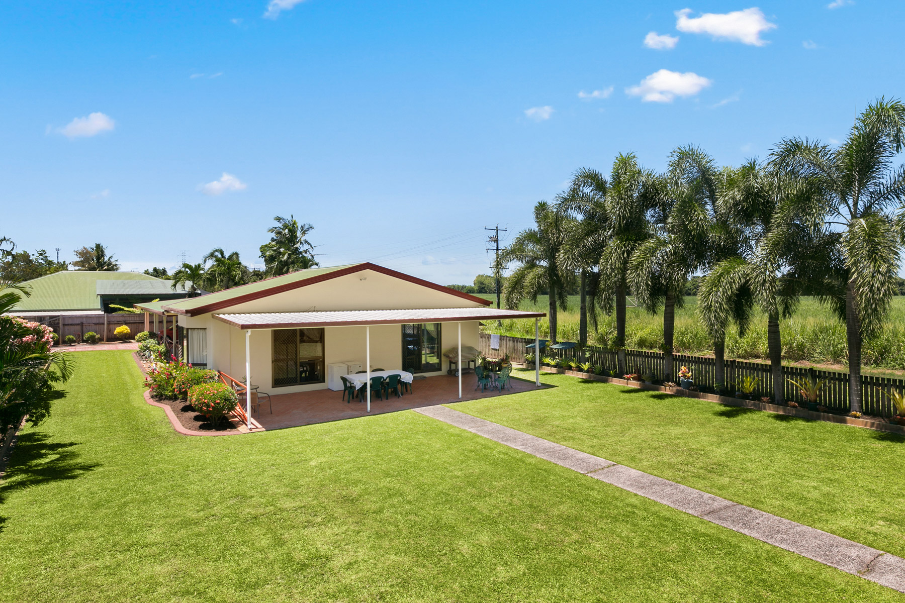 4 Mistletoe Close, Kamerunga (Buyers)