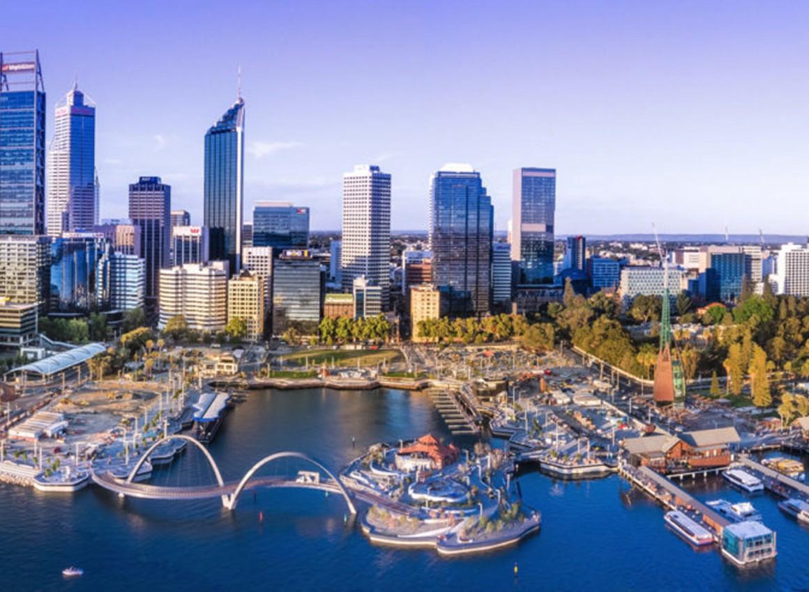 Charles Tarbey: False, misleading 'expert' headlines bashing Aussie property market