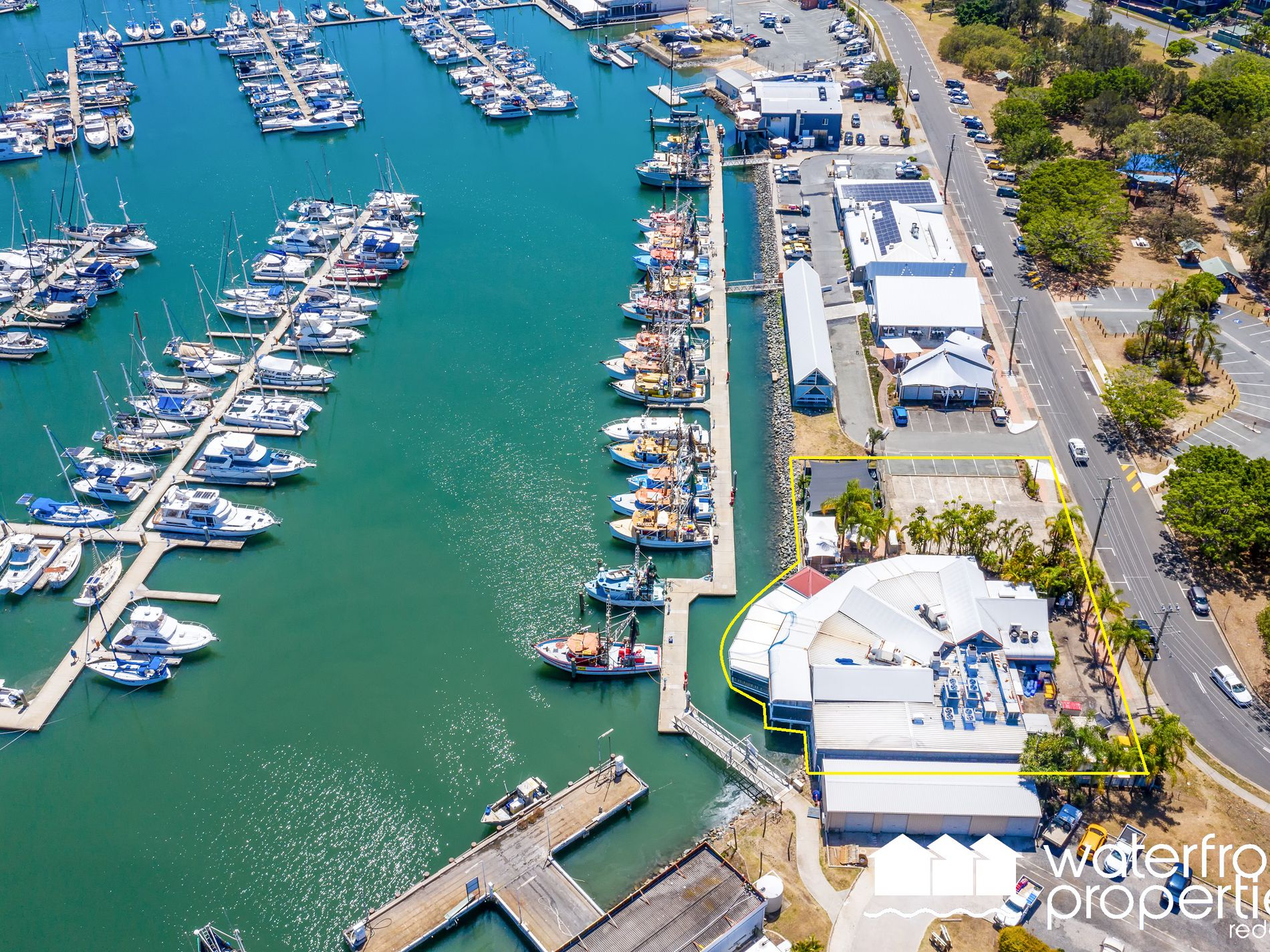 Iconic Seafood Restaurant For SALE - Peninsula Business Opportunity!