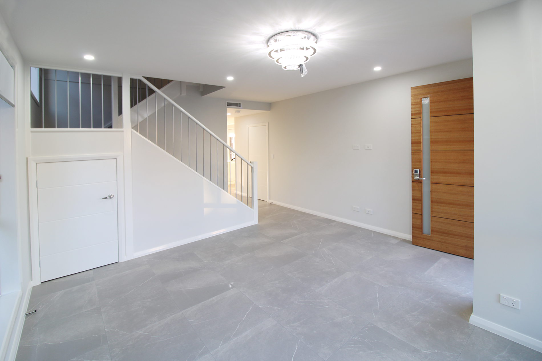 MOVE IN NOW   Luxury brand new dream houses in North Kellyville