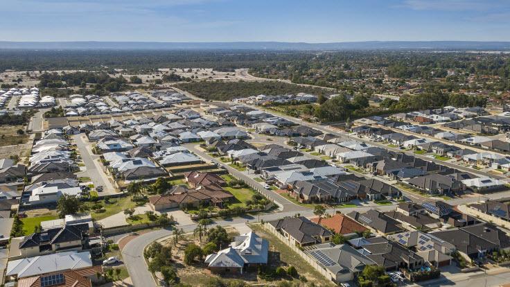 Perth hits rental crisis as vacancy rate plummets below one per cent