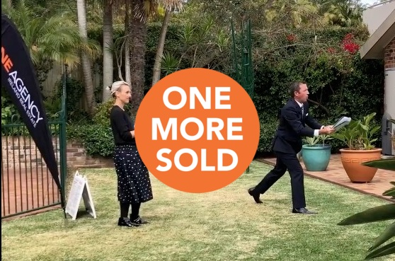 What happens when only one bidder shows up to an auction?