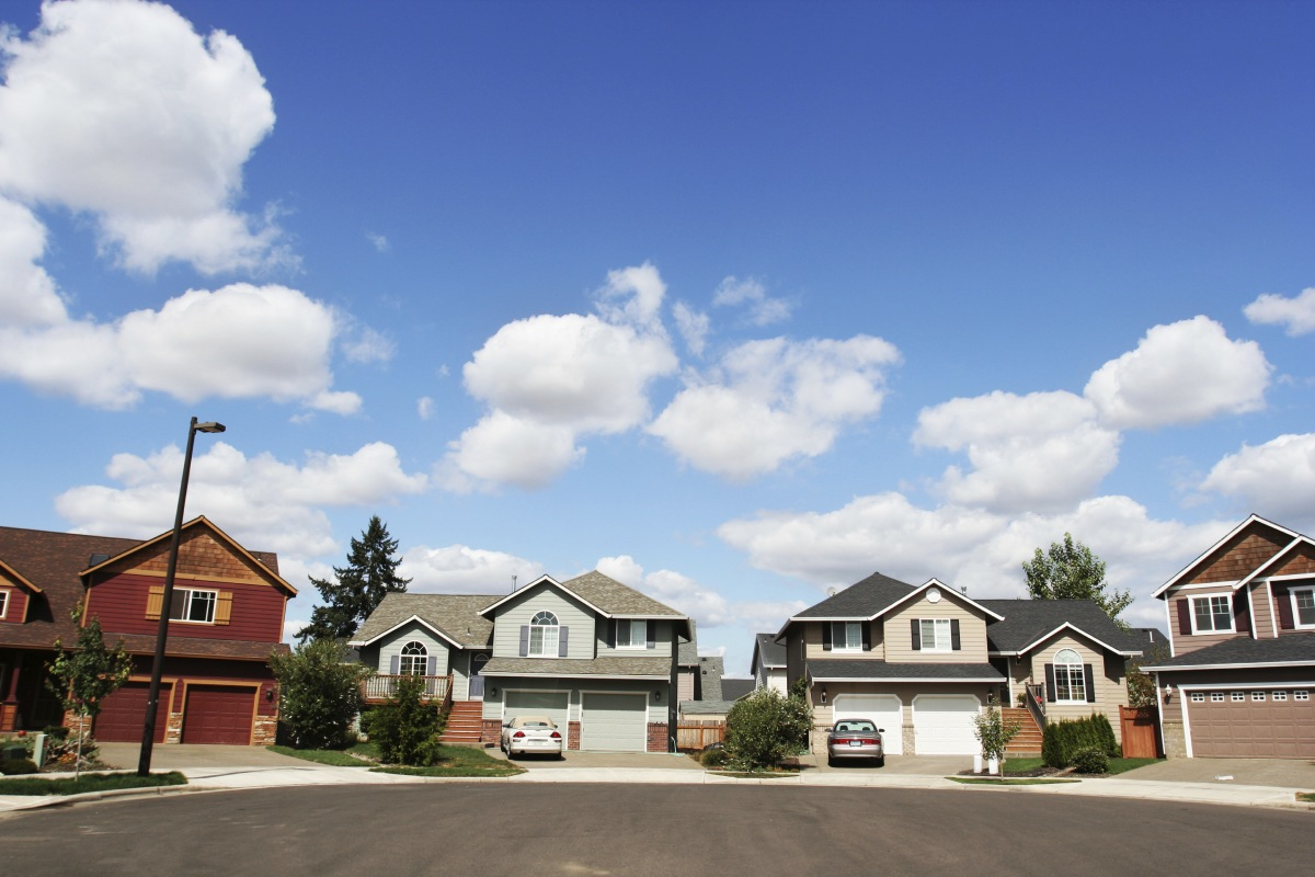 The house always wins: why house sales vastly outstripped unit sales over the year