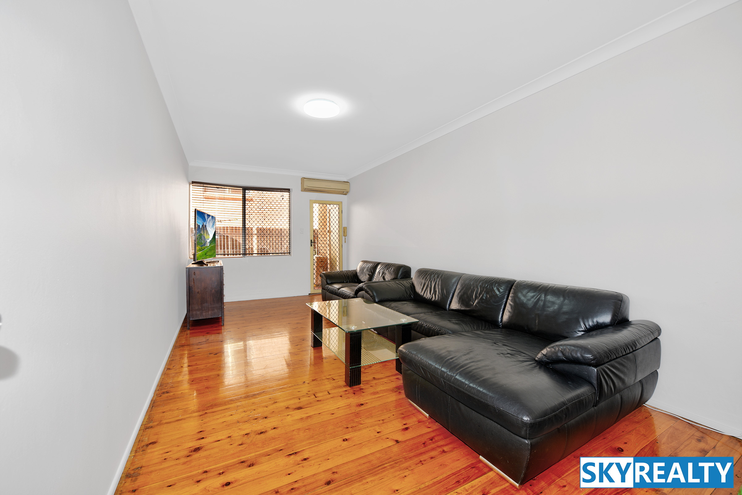 Desirable Home Unit in Excellent Location