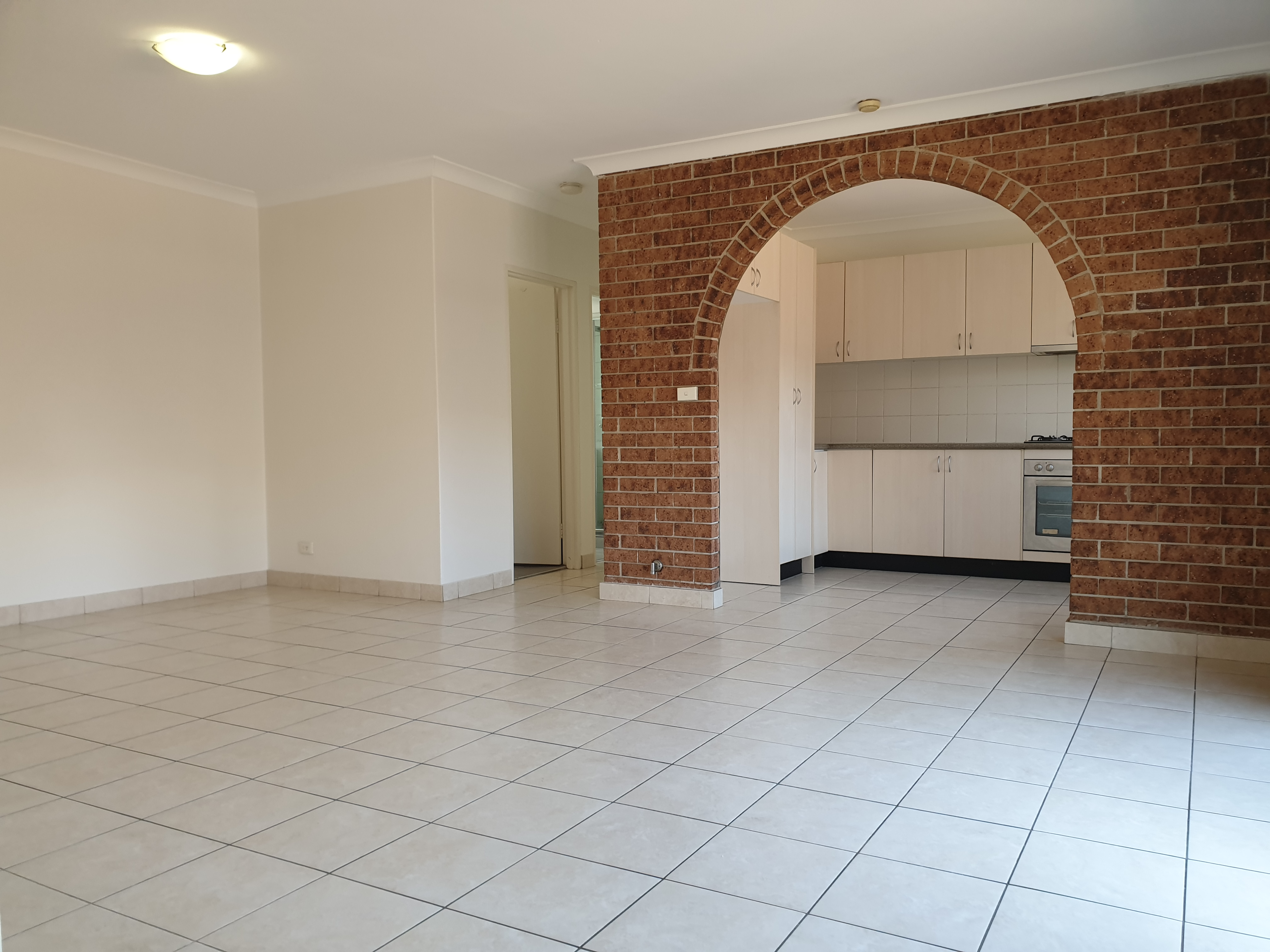 Desirable Home Unit, Top Location & Great Value