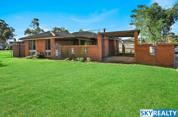 Desirable Family Home - Walk to Train Station