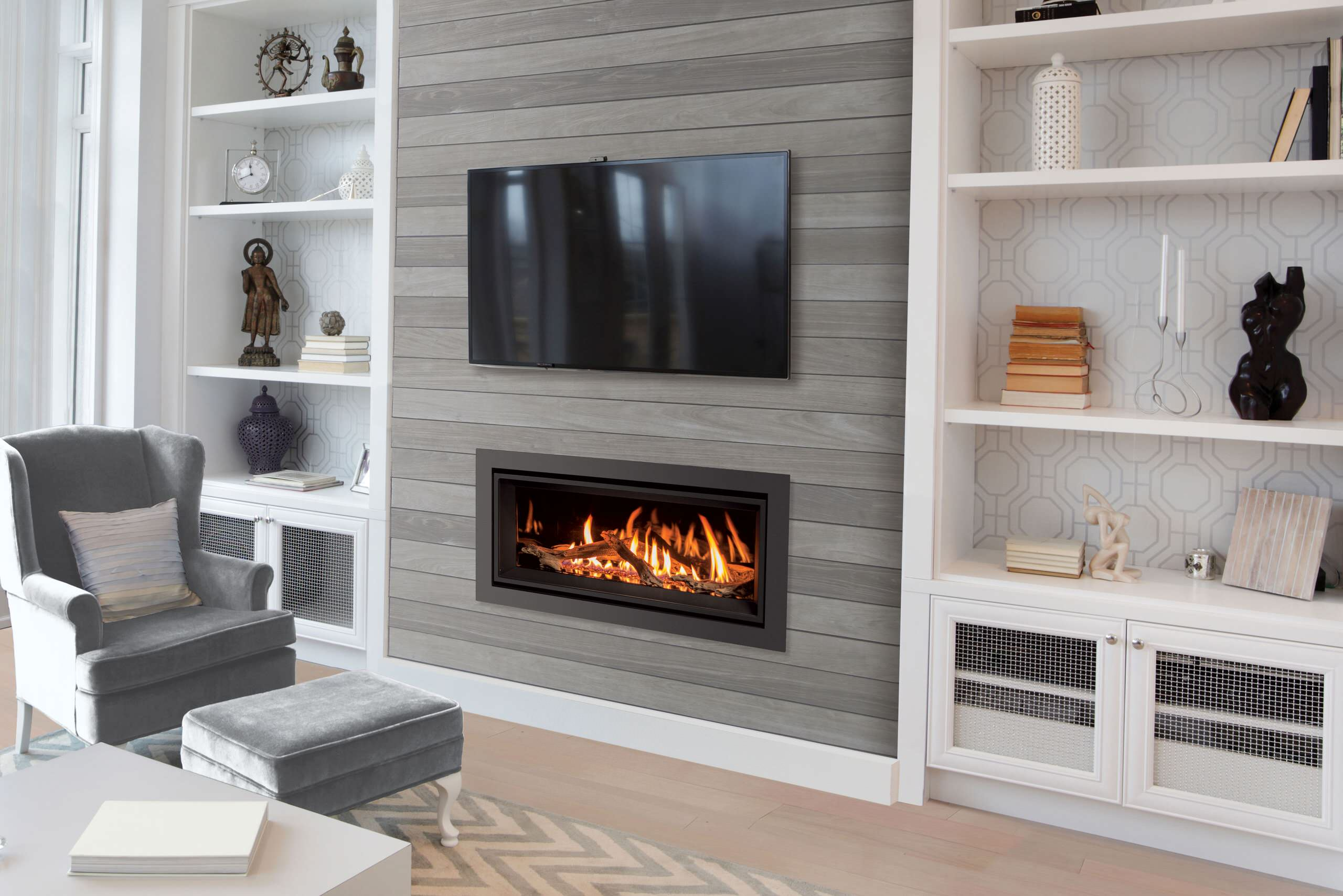 Buying A Gas Fireplace? 6 Of The Hotest Features To Look For